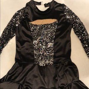 💚 2/30 Black Long Sleeves Dance Costume